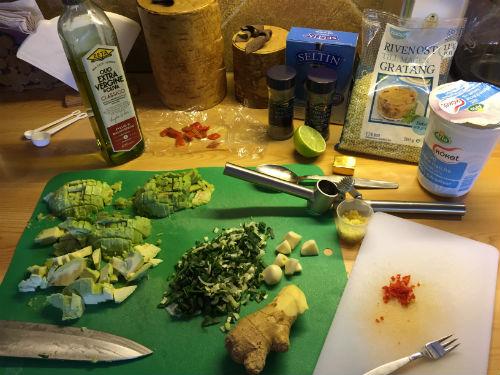 Förbereda avokadosoppa